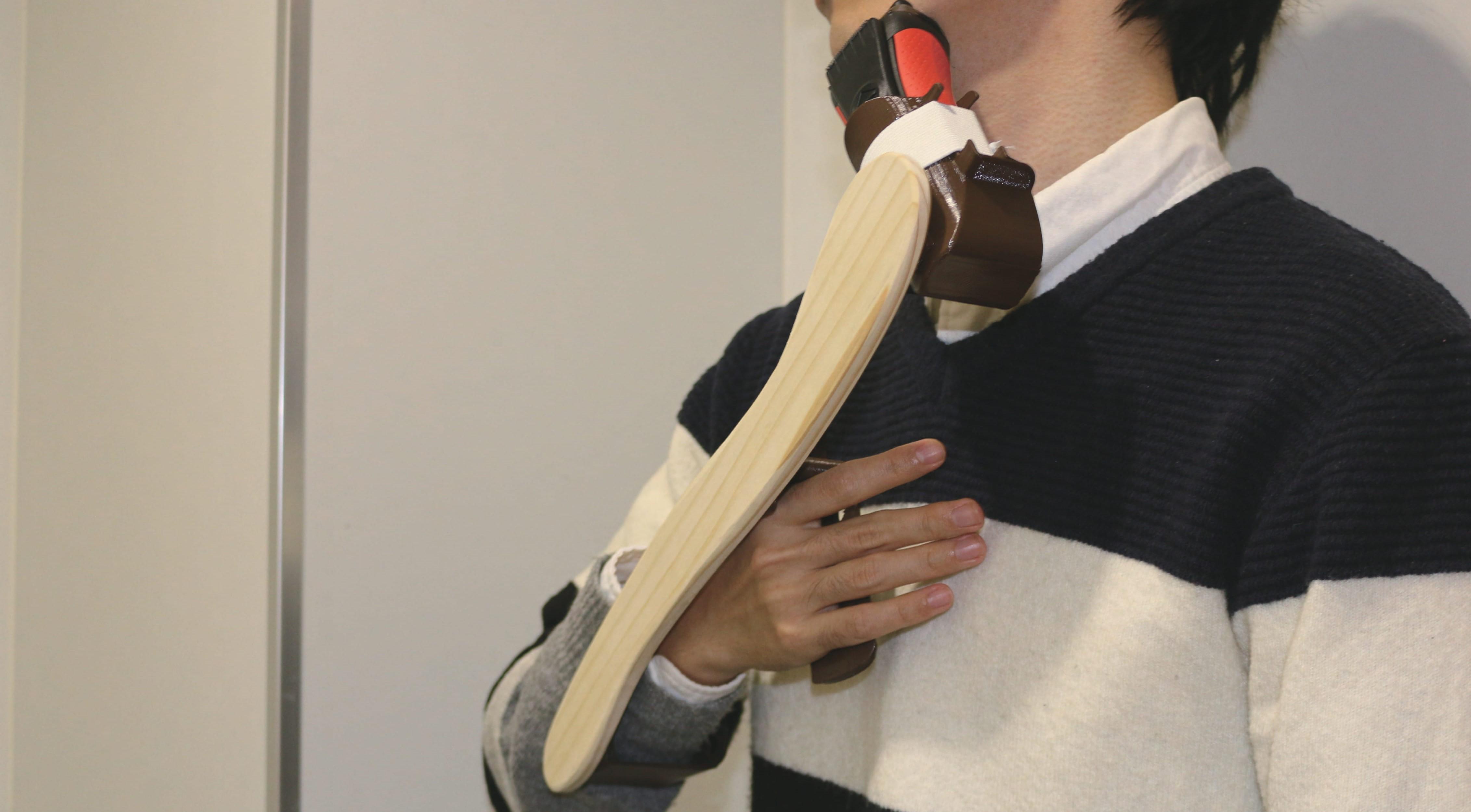 頸髄損傷者のためのシェーバー用自助具の提案